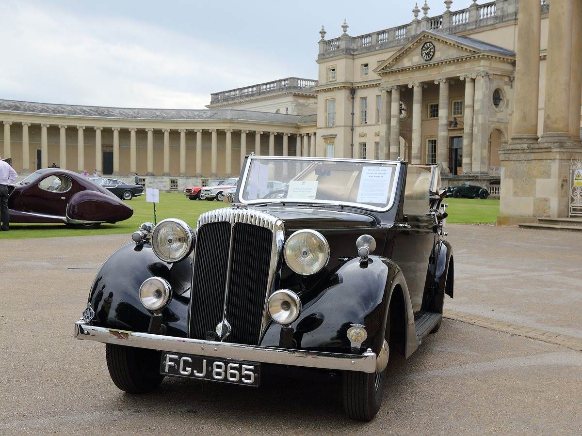 Stowe School - Classic Cars at Speech Day 2017